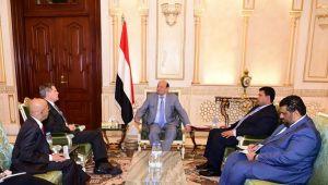 السفير الأميركي: مفاوضات السلام هي الحل وهدفنا تحطيم داعش والقاعدة في اليمن