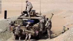 ضباط إماراتيون لرويترز: الوضع جعل من الصعب علينا الزحف نحو الشمال باليمن