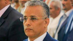 """فسّر """"الانقلاب"""" فضرب.. نموذج لمعاناة الأكاديميين مع الحوثي"""