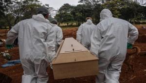 الوفيات الجديدة تتركز في 3 دول.. فيروس كورونا ينسحب من قارة ويغزو أخرى