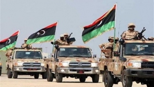 """صحيفة سعودية تتهم تركيا بتجنيد مقاتلين من حزب """"الإصلاح اليمني"""" للقتال في ليبيا"""