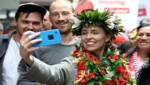 تصدت لكورونا وللعنف ضد المسلمين.. إعادة انتخاب رئيسة وزراء نيوزيلندا بأغلبية ساحقة