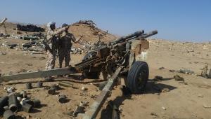 مدفعية الجيش تقصف مواقع متفرقة للحوثيين غربي مأرب