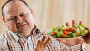 10 أطعمة يجب على الرجال الحرص على تناولها