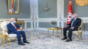 """أحداث تونس.. """"النهضة"""" تباشر """"مبادرة خفية"""" للحوار وبرلماني معتقل يضرب عن الطعام"""