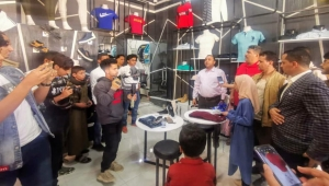 افتتاح أول متجر للبيع الكترونياً بمأرب