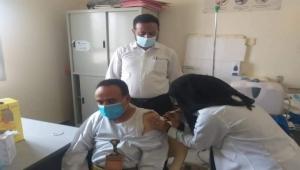 صحة مأرب تدشن حملة تطعيم 37 ألف شخص ضد كورونا بجرعة ثانية من لقاح إسترازينيكا