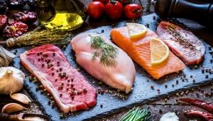 ما الأغذية التي تمنحك بطنا مسطحة وتخلصك من الكرش؟