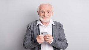شيء تفعله يوميا يؤدي إلى جعلك عجوزا بسرعة.. ما هو؟