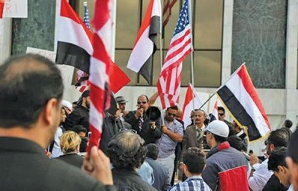 الإنقاذ الدولية: تمديد أمريكا الحماية المؤقتة لبعض اليمنيين لا يكفي (ترجمة خاصة)