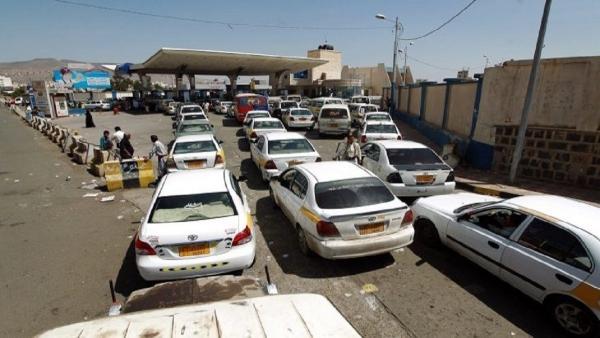 جماعة الحوثي تفرض سعرا جديدا للبنزين والديزل