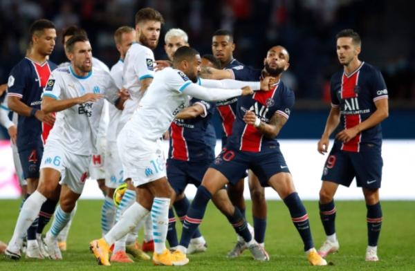 5 بطاقات حمراء و10 دقائق بدل ضائع.. مرسيليا يكبد سان جيرمان خسارته الثانية بالدوري الفرنسي