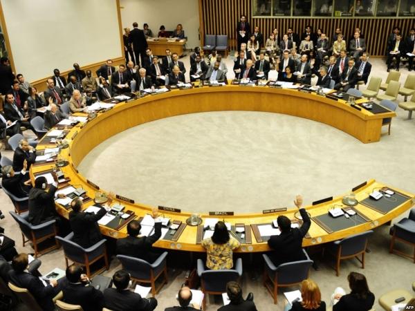 قيادي مؤتمري: مداولات في مجلس الأمن لإصدار قرار يفرض وقف الحرب باليمن تحت الفصل السابع