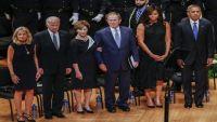بوش يترنح مبتسماً في تأبين ضحايا دالاس