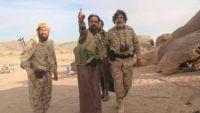 الجوف : قيادات ميدانية في مليشيا الحوثي تسلم نفسها للشيخ العكيمي