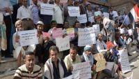 """نقابة المعلمين بتعز تدين جريمة قتل مديرة مدرسة """"دبي"""" في المحافظة"""