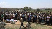 الضالع.. تشييع جندييْن من لواء الاستقبال إلى مثواهما الأخير في مقبرة الشهداء بمريس