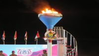 احتفالات جماهيرية في مأرب ورئيس هيئة الأركان يوقد شعلة ثورة سبتمبر (صور)