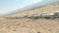 تقطع قبلي بين مأرب والبيضاء يحتجز شاحنات النفط احتجاجا على تعسفات نقاط عسكرية
