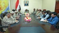 الفريق محسن يناقش المستجدات العسكرية مع قادة قوات التحالف بمأرب