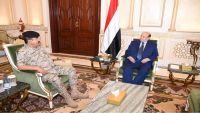هادي يلتقي محافظ إب ويؤكد اهتمام الدولة بدحر الحوثيين