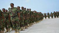 تخرج أول دفعة للحزام الأمني بمحافظة الضالع من معسكر في عدن برعاية إماراتية