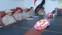 نائب الرئيس يناقش استكمال تحرير محافظة الجوف