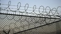 الإفراج عن 15 سجيناً من معتقلات الإمارات بحضرموت