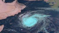"""إعصار """"لبان"""" يقترب من السواحل الشرقية وأرخبيل سقطرى"""