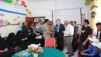 ممثل السويد لدى اليمن يزور مركز إعادة تأهيل الأطفال المجندين بمأرب