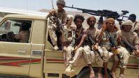 قوة أمنية بشبوة تواصل احتجاز 24 شاحنة إغاثة كويتية لليوم الثالث