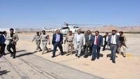 وزير النقل يطلع على الموقع المقترح لإنشاء مطار سيئون الدولي