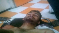 مسلحون يقطعون الخط الرابط بين تعز وعدن ومقتل شاب برصاص مجهولين