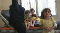 إصابة امرأة وأربعة من أطفالها في قصف حوثي استهدف منزلهم في تعز