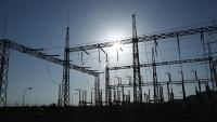 مصدر حكومي يوضح أسباب تردي خدمة الكهرباء في عدن والمحافظات المحررة