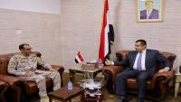 الحكومة تبحث مع قيادة التحالف تعزيز الأمن بعدن