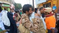 الأسرى المفرج عنهم يؤكدون على العودة إلى جبهات القتال لاستكمال تحرير تعز