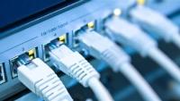 انقطاع الإنترنت في اليمن يربك المعاملات الرسمية والتجارية