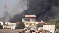 مقتل مدني وإصابة آخر في قصف حوثي استهدف مصنعا للألبان