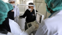 مجموعة هائل سعيد تعلن تبرعها لليمن بعشرات الآلاف من أجهزة اختبار فيروس كورونا
