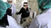 """نقابة الأطباء والصيادلة تدين الاعتداءات المتكررة على أعضاء """"الجيش الأبيض"""" في مستشفيات صنعاء"""