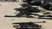الحكومة: شحنة أسلحة إيرانية ضبطت قبالة سواحل المكلا كانت في طريقها للحوثيين