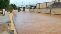 وفاة امرأتين وطفلة جراء سيول الأمطار بصنعاء