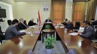 الحكومة تشدد على أهمية إنهاء تمرد الانتقالي في سقطرى