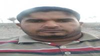 معتقل بسجون طارق صالح.. عمره 17 سنة ووالدته تنفي التهم الموجهة إليه