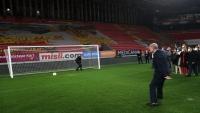بالفيديو.. أردوغان يسجل هدفا في كرة القدم ويعلق عليه