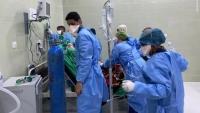 عدن .. مركز العزل بمستشفى الأمل يوقف استقبال حالات كورونا بعد شحة الأدوية