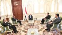الرئيس هادي يؤكد أهمية الوقوف على مختلف التطورات بالساحة اليمنية