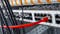 عمل تخريبي يُخرج خدمات الاتصالات والإنترنت عن الخدمة بالمحافظات الجنوبية والشرقية